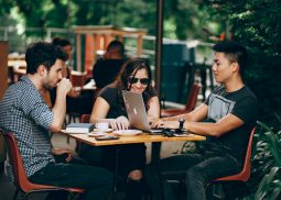 How Startups Can Attract Top Talent